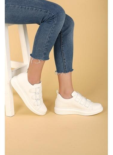 Ayakland Ayakland 101 Günlük Kemerli Bayan Spor Ayakkabı Beyaz